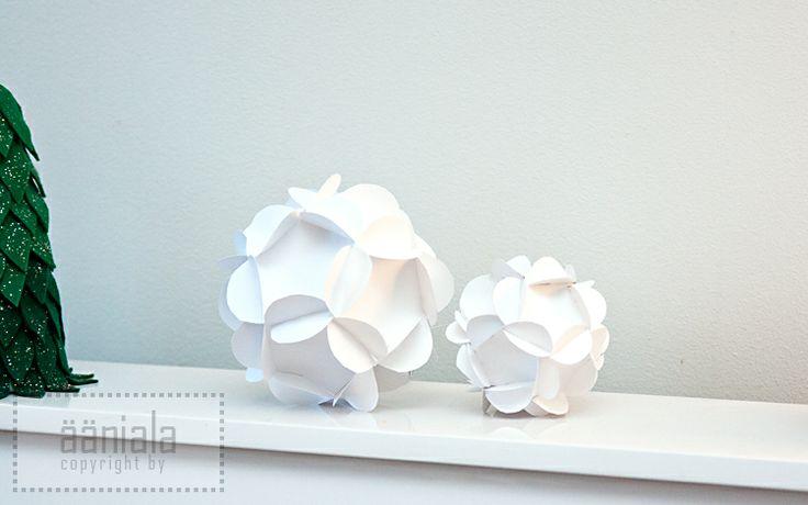 DIY Paper Christmas ball