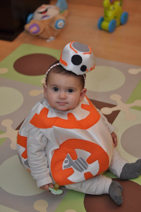 Diy baby bb8 costume from starwars.The pattern and instructions: https://www.etsy.com/shop/MyBusyMomDidIt Until friday 23rd. 30% off with coupon: INAGURATIONWEEK