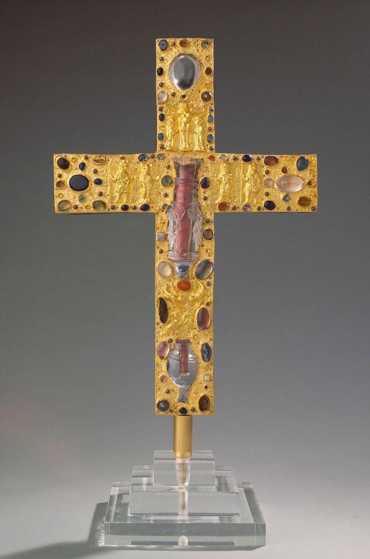 "The cross of the ""Borghorst Monastery"" (11th century)."