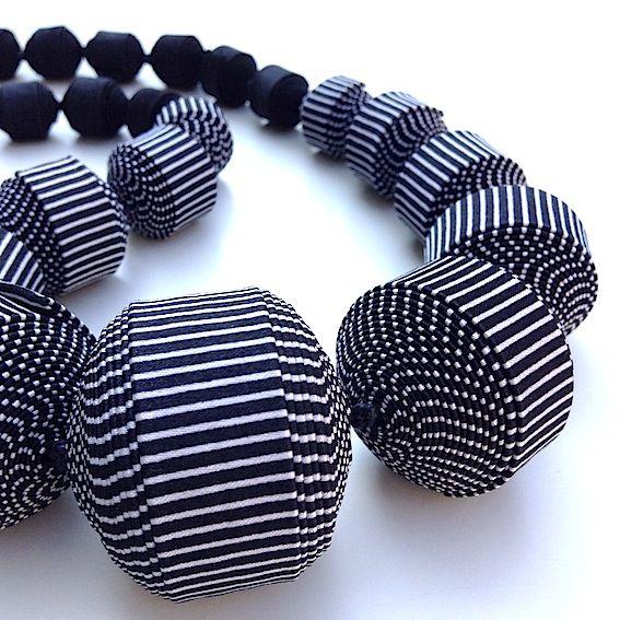Cécile Bertrand # textile jewellery » COLLIER