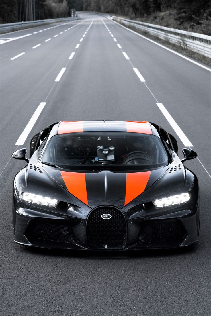 Raging 2021 Bugatti Chiron Super Sport 300+ bugattichiron