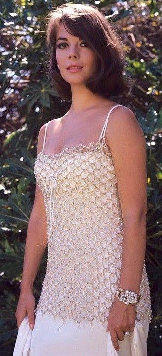 NATALIE WOOD (1965)                                                                                                                                                      Más