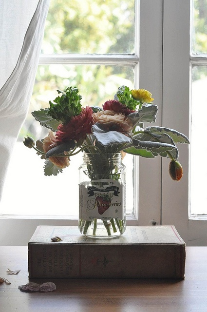 poppies & ranunculus... by paper and type, via Flickr