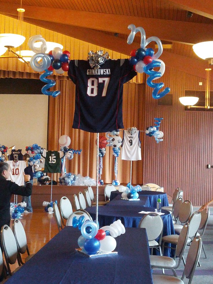 Sports Jersey Centerpieces, with latex balloons