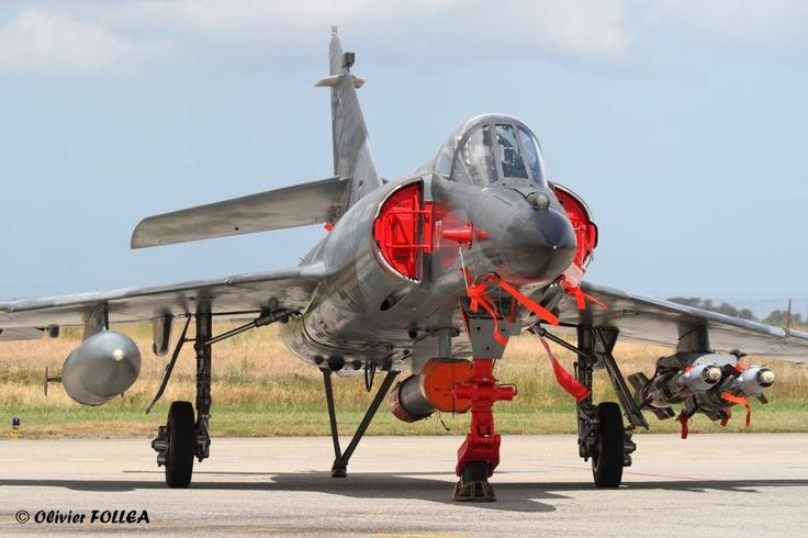 French Marine Nationale Super-Etendard strike aircraft at base aéronavale de…
