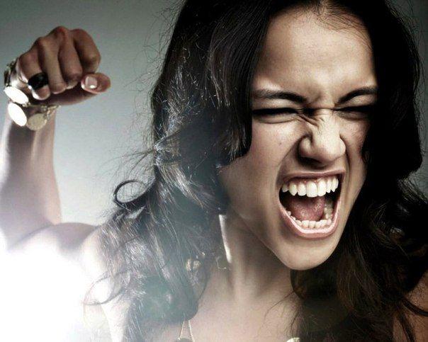 Гнев возникает ниоткуда, подобно джину из волшебной лампы, а ведь мы не хотели портить наше общение и отношения. Несколько приемов от раздражения и гнева