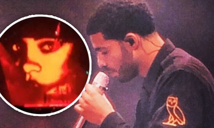 Drake flashes image of ex-flame Rihanna's face during Toronto concert