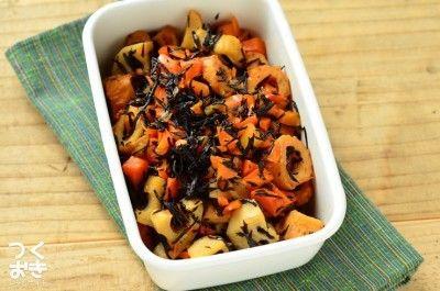 日がたった方が美味しく感じられる健康サラダ。ごま油とお酢が味のポイント。ひじきは戻して、根野菜はレンジでチンして柔らかく。あとは和えるだけの簡単サラダ。日持ちも抜群です。