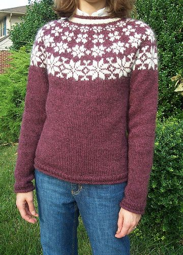 round yoke pullover by iamthesponge, via Flickr