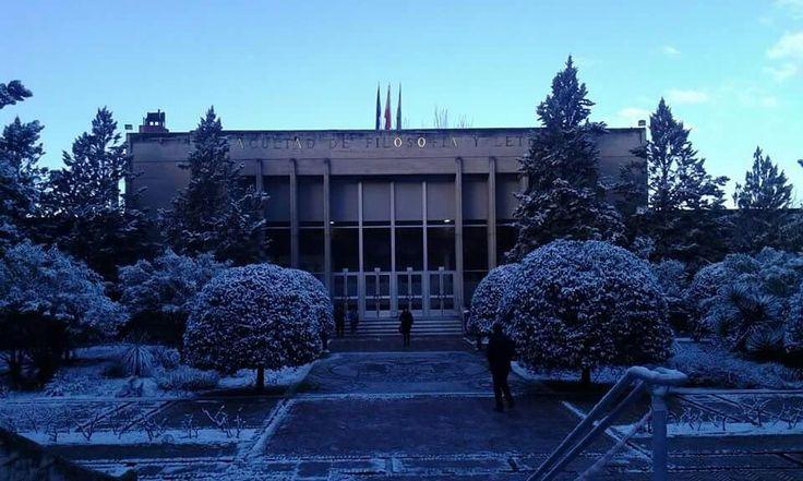 Granada- facultad de letras y filosofía- Spain