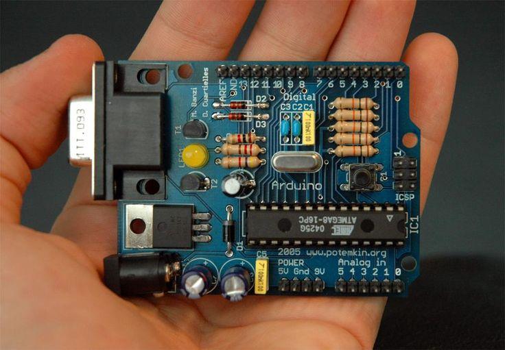 Arduino single-board microcontroller (Source: Wikipedia)