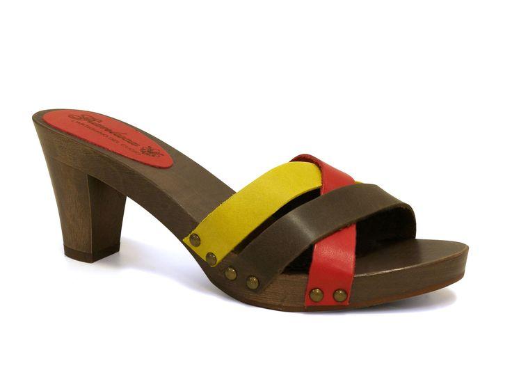 Medium woode heels leather clogs handmade in Italy - Italian Boutique €51