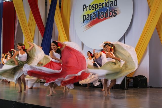 Celebrando con la danza.  Crédito Miltón Ramírez/MinCultura2012