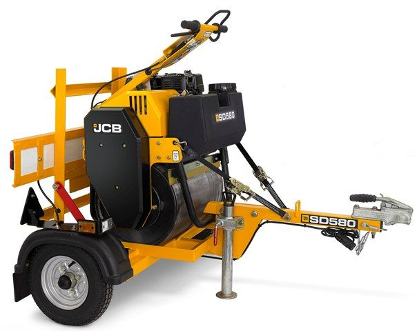 The JCB SD580 single drum roller can come with an optional trailer