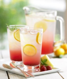 ½ Lemonade, ½ Iced Tea, Torani Peach Syrup = Delicious Peach Refresher. More recipes at www.torani.com/recipes