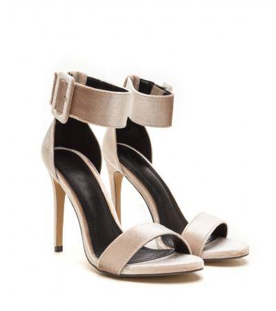 Sandale catifea cu toc stiletto elegante