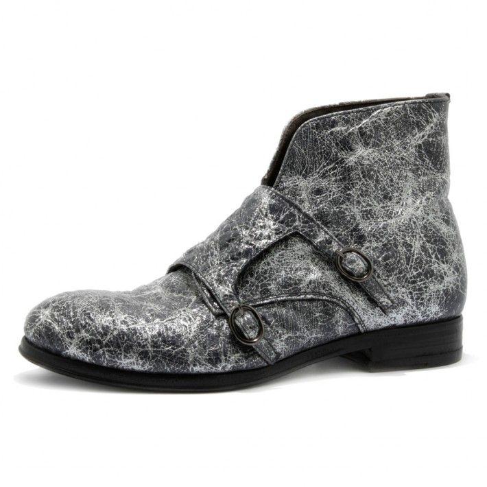 Art. 13/792, Boots in Vitello di colore Argento/Nero fodera in Vitello e fondo in Cuoio #Mauron1959 #Italy #shoe #woman #style #fashion #luxury