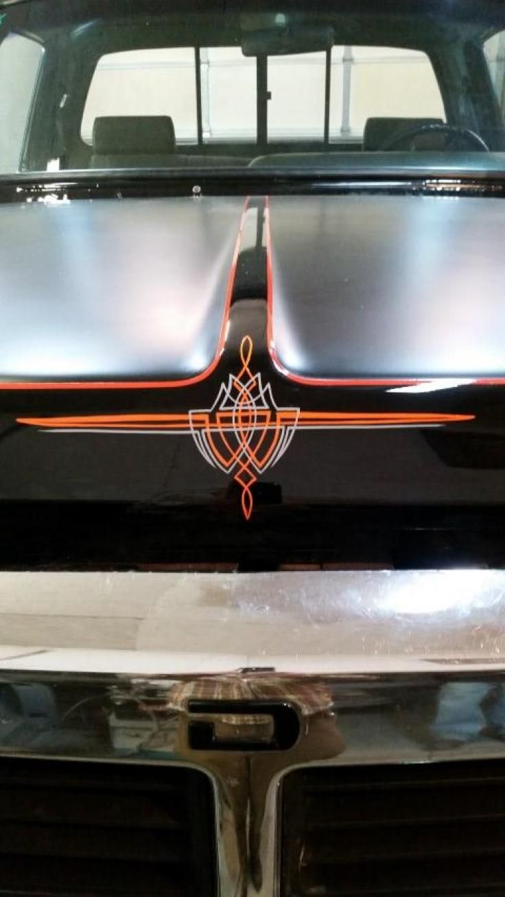 Classic cars authority cool pinstriping from the la roadster show - 25 Best Pinstriping Sign Painting Images On Pinterest Pinstriping Sign Painting And Pinstripe Art