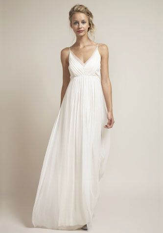 If I went super traditional, this would be it. Love the flowyness and the v-neckline. $995 is too much though.