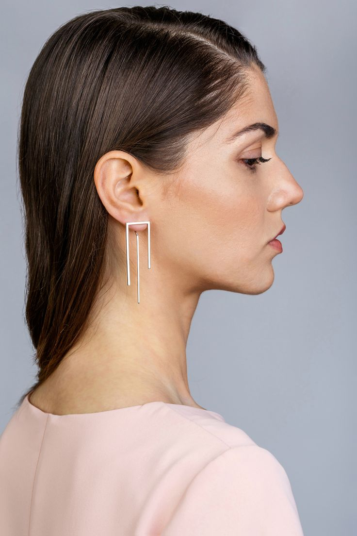 Minimalist Architectural Jewelry - Inégal Earrings in 925 Sterling Silver by MOPHT Studio