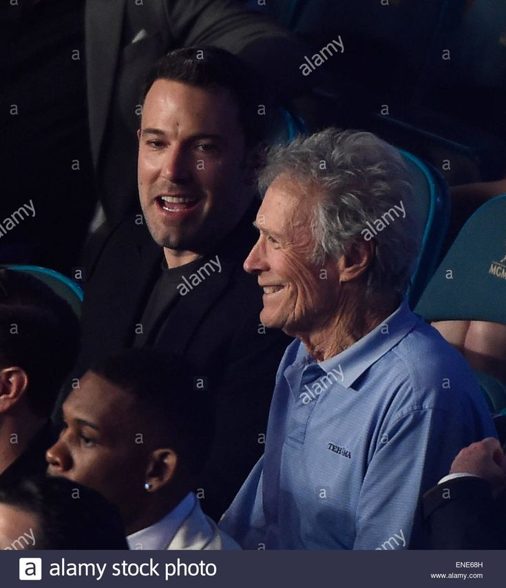 May 2.2015. Las Vegas NV. (L-R) Actor/director Ben Affleck and Clint Eastwood attend the Mayweather vs Pacquiao fight at MGM on Saturday.Photo by Gene Blevins/LA Daily