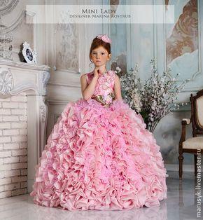 Платье Кассандра- Люкс-Шебби-шик. Платье Кассандра- Люкс-Шебби-шик  Роскошное платье полностью ручной работы, для самой любимой принцессы!! Такое платье пригодится не на один год..Его можно одеть на выпускной, новогодний бал, день рождения!