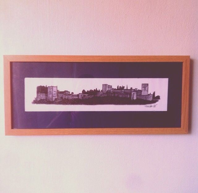 Cuadro con pintura recuerdo de un día en Granada España. Reciclaje