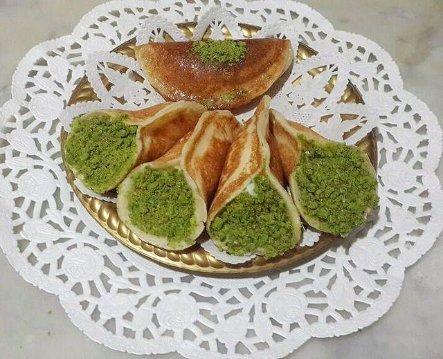atayef tatlısı,atayef tatlısı tarifi,kremalı atayef tatlısı tarifi,atayef beş çayı,atayef,atayef nasıl yapılır,atayef tatlısı nasıl yapılır