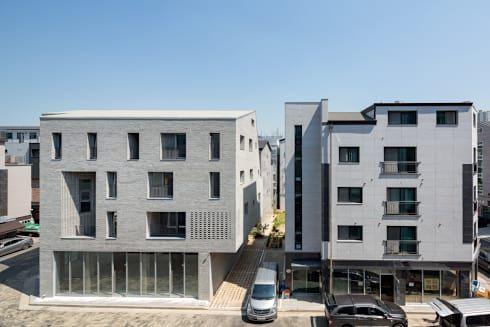 전문가들을 통해서 건축 아이디어 및 영감을 얻어보세요. 서가 건축사사무소 의 구월동 근린생활시설 및 다가구주택   homify