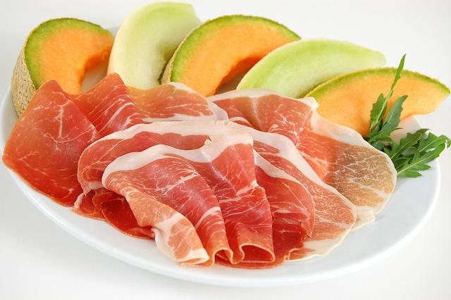 Prosciutto di Parma e melone ... Jambon de Parme et melon ... Parma Ham and melon