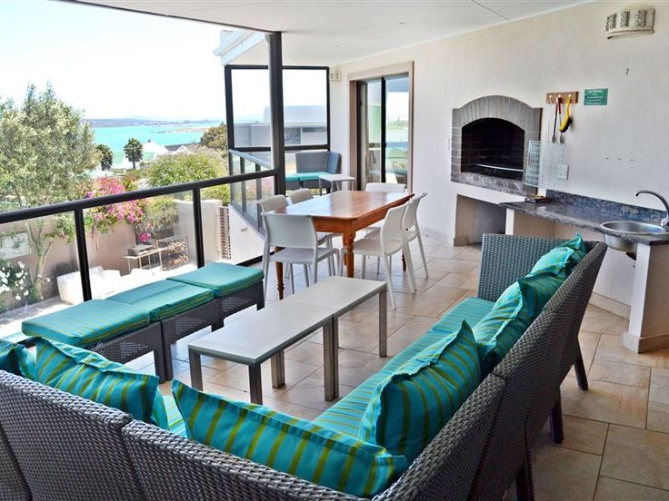 Kite Mansion – Penthouse - Kite Mansion - Penthouse sleeps six people and caters for the needs of kite surfers, including a kite wash station and a lockable storage facility for gear and equipment. The Penthouse is on the top level ... #weekendgetaways #langebaan #westcoast #southafrica