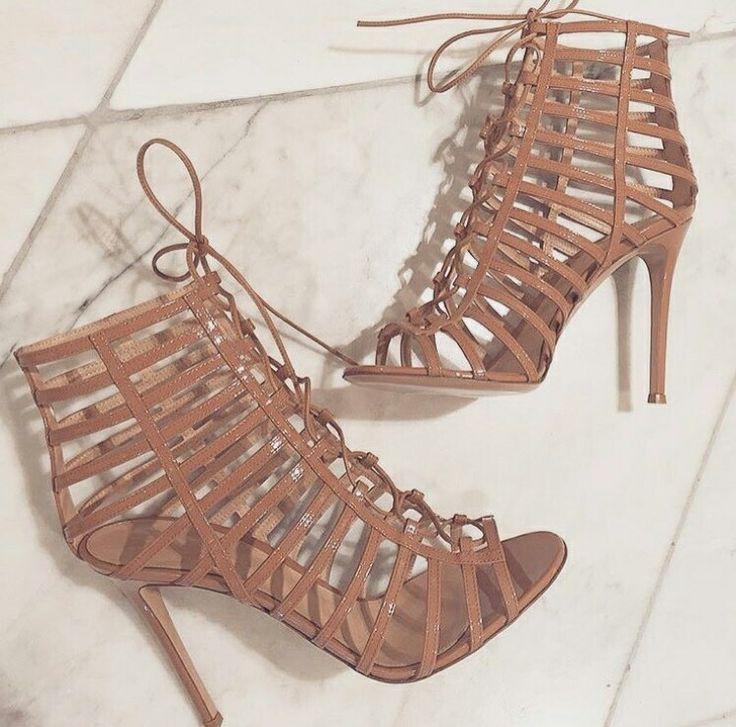 Pin by al li ozaibelhasa cng on xfxf | Sandals heels ...