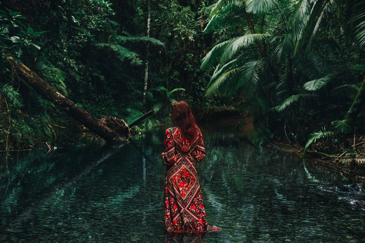 Landscape Lust with Mahiya, featuring stunning photos of our new Catalina Maxi and Delilah Skirt by Katie Purling of My Colourful World.