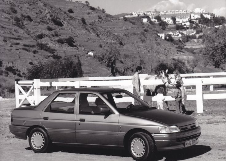 Ford Orion Ghia Si (Oct. 1990, French, T.P. 465)