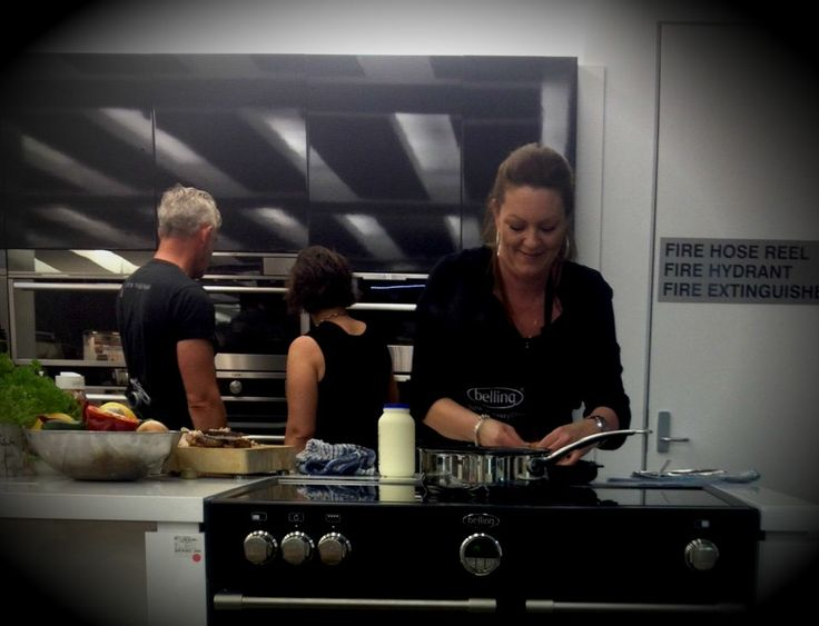 Belling's Home Economist extraordinaire Bev, demonstrates the magnificent powers of induction on a Sterling Range Cooker.
