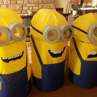 DIY Adult (Halloween idea?) fancy-dress Minion costume (Despicable Me)