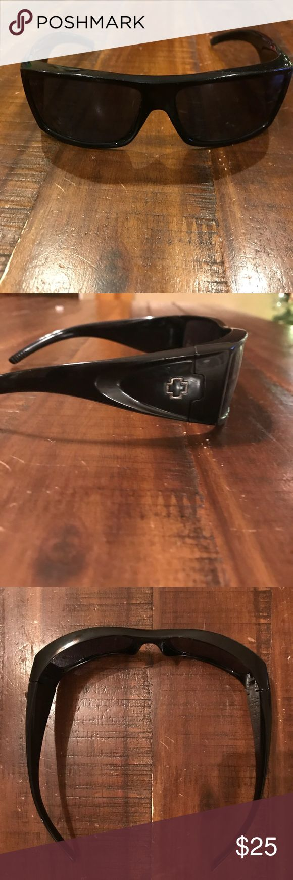 Spy sunglasses Gently used spy sunglasses. Hinges in good condition no obvious faults. Other than usual wear and tear. SPY Accessories Sunglasses