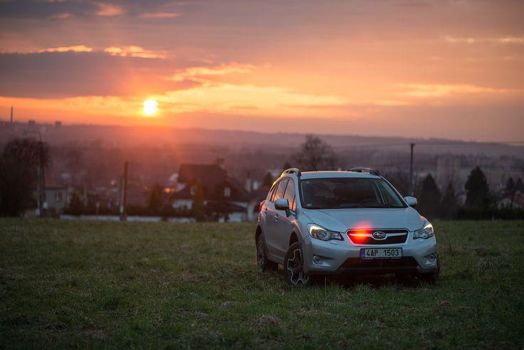 Západy slunce mají své kouzlo, zvláště když je trávíte ve dvou. Vy a vaše SUBARU.