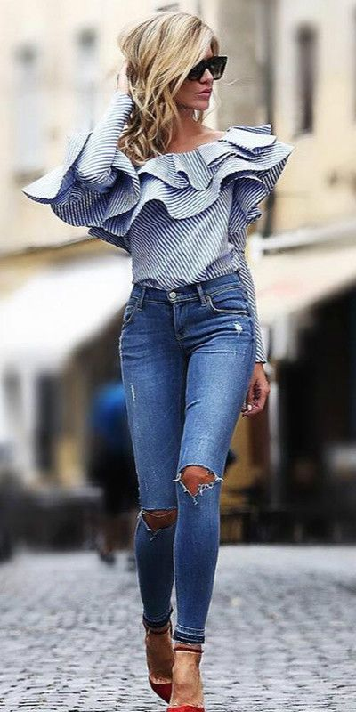 5c6ced6a6bd How to Wear a Blouse Stylishly – Top 18 Outfit Ideas to Wear Blouse  outfit   fashion  blouse  style