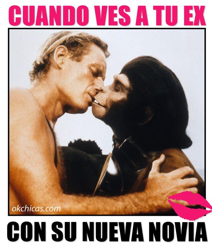 meme ok chicas hombre rubio besando a un chango