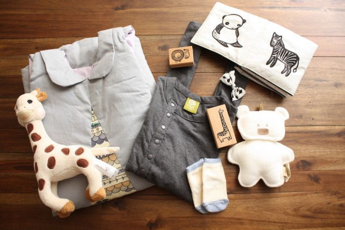 The best curated baby gift box subscriptions we've ever seen. Perfect shower gift!