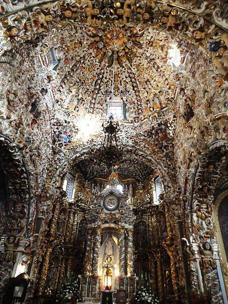 Santa María Tonantzintla. Interior de la iglesia. Foto: Wikipedia