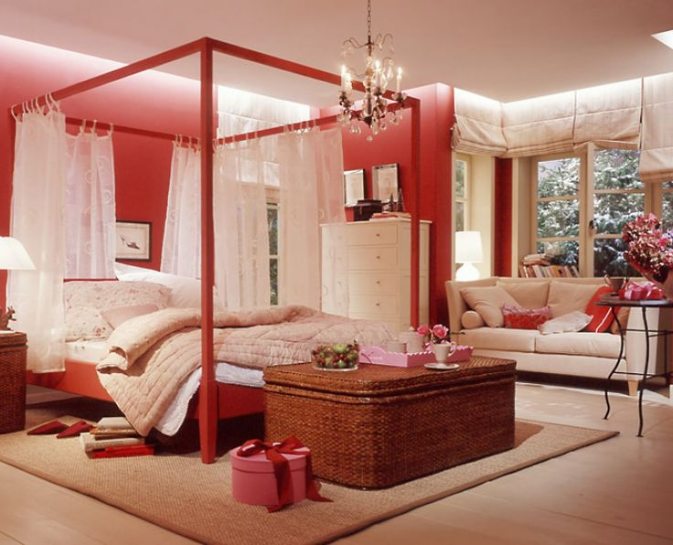 Red And Cream Bedroom Ideas Part - 21: Bold Choice - Red And Cream Bedroom