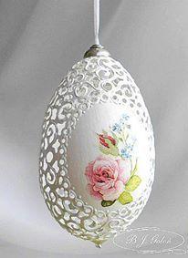 Ażurowa Pisanka gęsia - BJGoleń - egg carved in Poland easter wielkanoc Poniatowa gęsie pisanki haft Richelieu ażurowe jajka skorupki eggshell