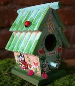 How to Make a Fairy House by Ashley Lucas on http://www.squidoo.com/how-to-make-a-fairy-house