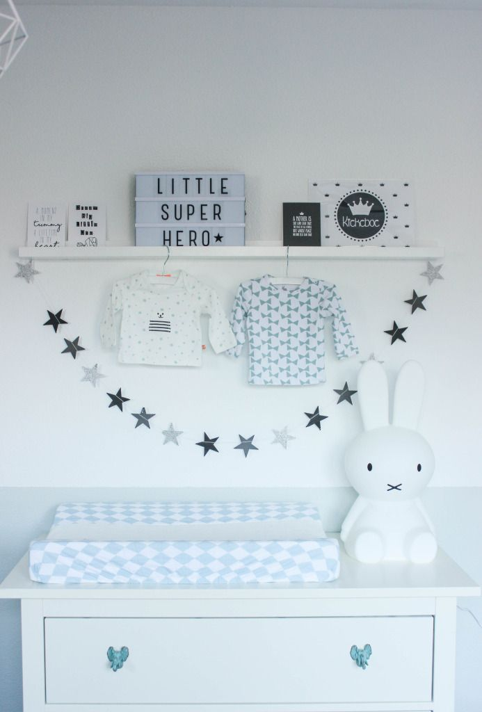die besten 25 babyzimmer ideen auf pinterest babyzimmer kinderzimmer deko und kinderzimmer. Black Bedroom Furniture Sets. Home Design Ideas