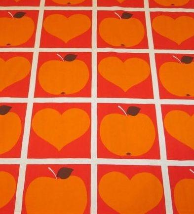 Vaikka oranssi on inhokkivärini, joissakin yhteyksissä se on ihan kiva.. :D