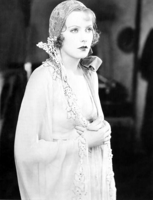 Greta Garbo 1920s Fashion
