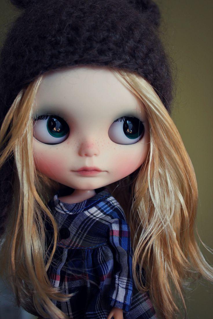 2074 best Blythe Dolls images on Pinterest