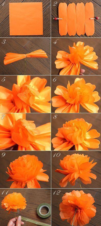Kağıttan Düğün Çiçekleri Nasıl Yapılır? Taç yaprağı şablonunu kağıdın üzerine koyarak krapon kağıdını 3 cm. genişliğinde kesin. Çiçek tellerinin her birini 16 cm. uzunluğunda kesin. Strafor topu çiçek teline tutturmak için silikon tabancasını kullanın. Daha sonra krapon kağıdını düzgün bir biçimde ve çiçek şeklinde topun etrafına sarın. Çiçekleriniz hazır.